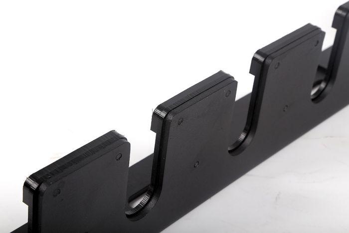 verticale-ophangbeugel-wandmodel-voor-6-ol-halterstangen1